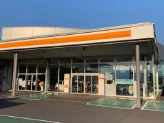 トヨタカローラ岡山西長瀬店