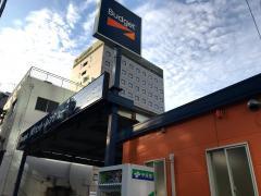バジェットレンタカー博多駅前店