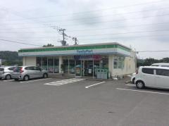 ファミリーマート 西諫早ニュータウン店